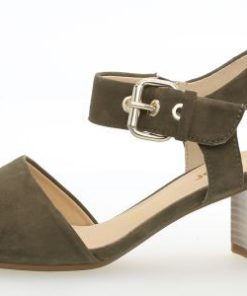 dcb03677d35 Olivengrøn ! Smart farve til både lyst og mørkt tøj. Sandal fra ...