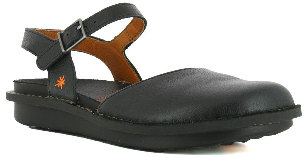 Fodformet sandal med en god opbygning fra firmaet Art.