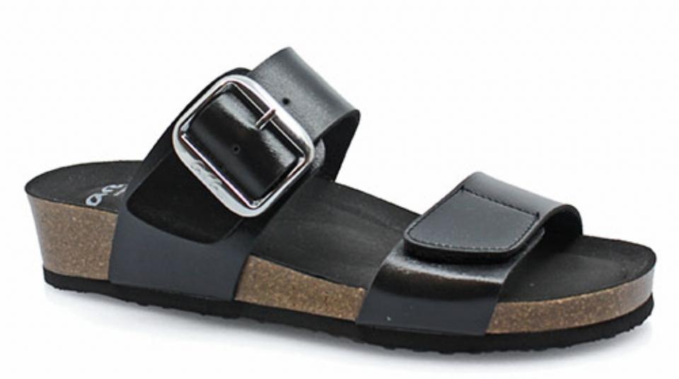 Ara dame sandal en smukt spænde ved vristen